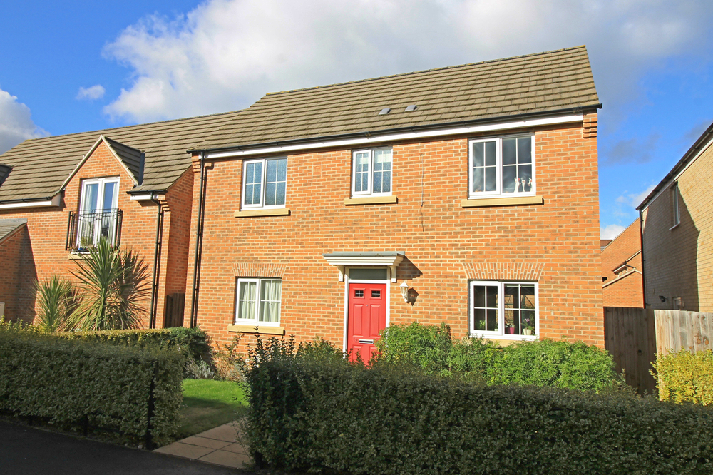 Detached family home in Comben Drive