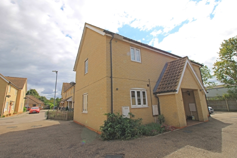 Shared ownership flat for sale in Roman Way, Godmanchester
