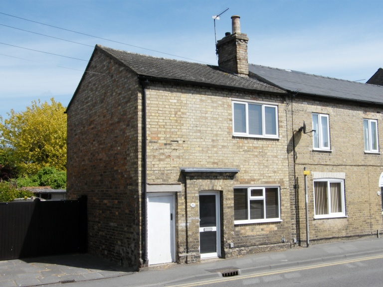 Victorian End Terrace House For Sale in Godmanchester