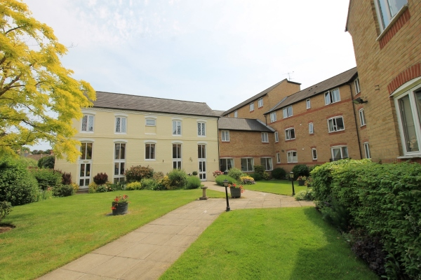 St. Neots retirement apartment in Waterside Court