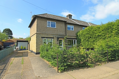Extended three bedroom house on Park Lane