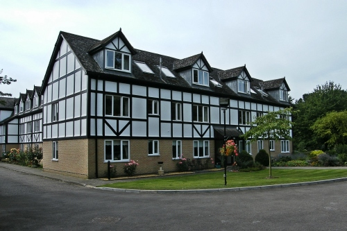 Ground floor two bedroom flat for sale at The Chestnuts