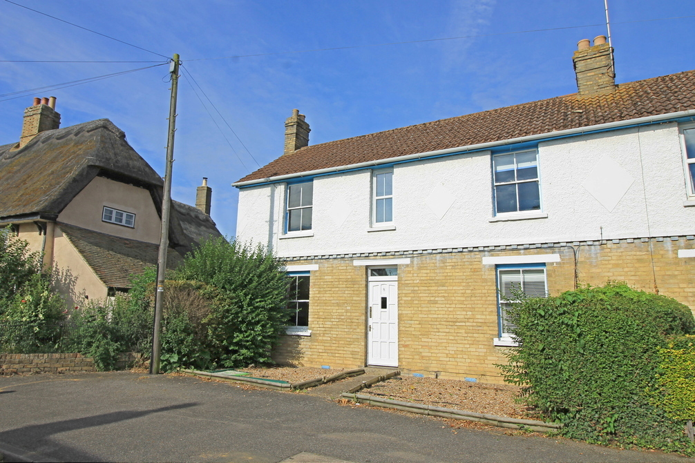 Three bedroom house on Silver Street in need of refurbishment