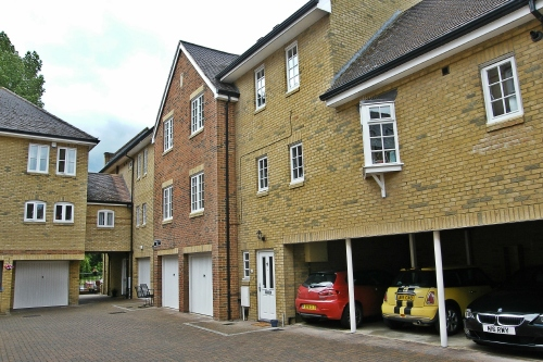Townhouse in Chandlers Wharf, St. Neots