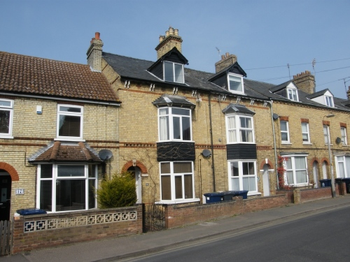 SALE AGREED – Victorian three storey house